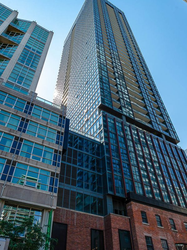 bisha-condos-88-blue-jays-way-toronto-for-sale
