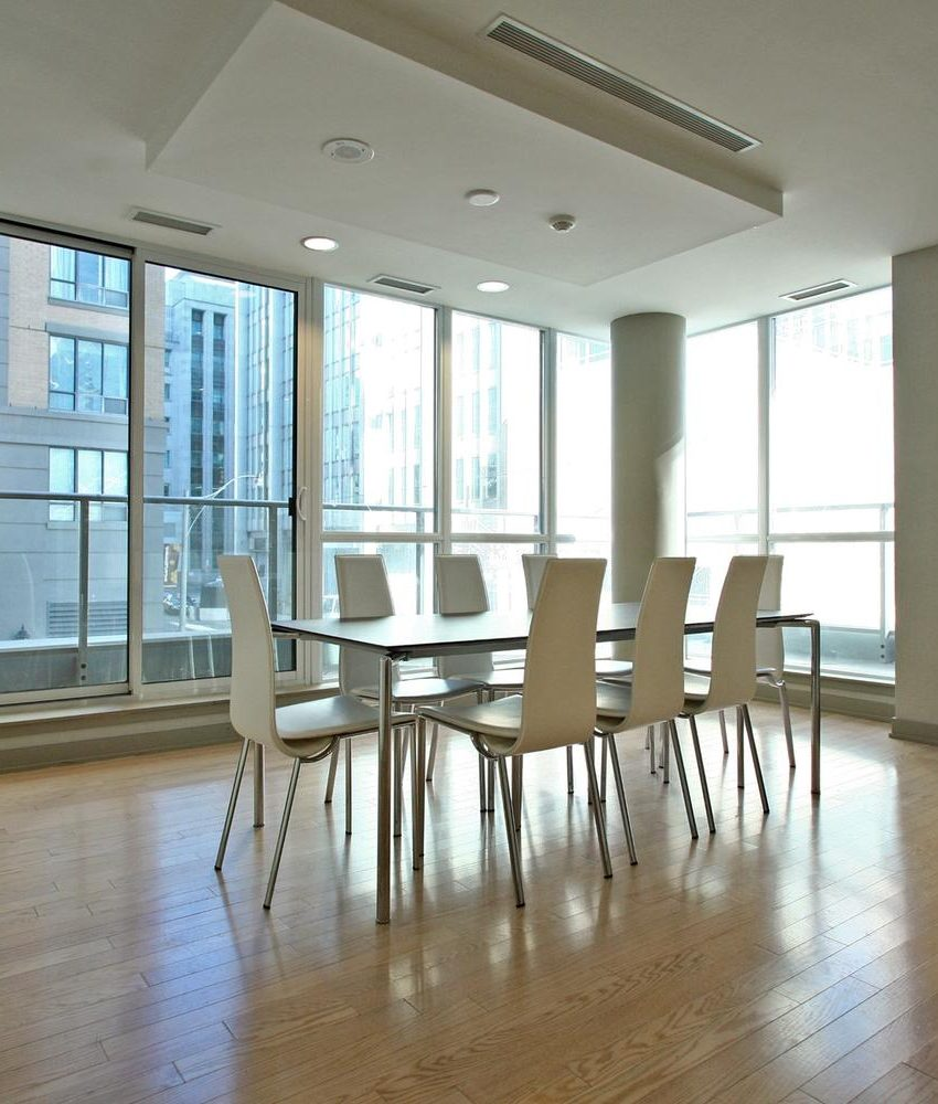 126-simcoe-st-toronto-boutique-ii-condos-for-sale-king-west-party-room-2