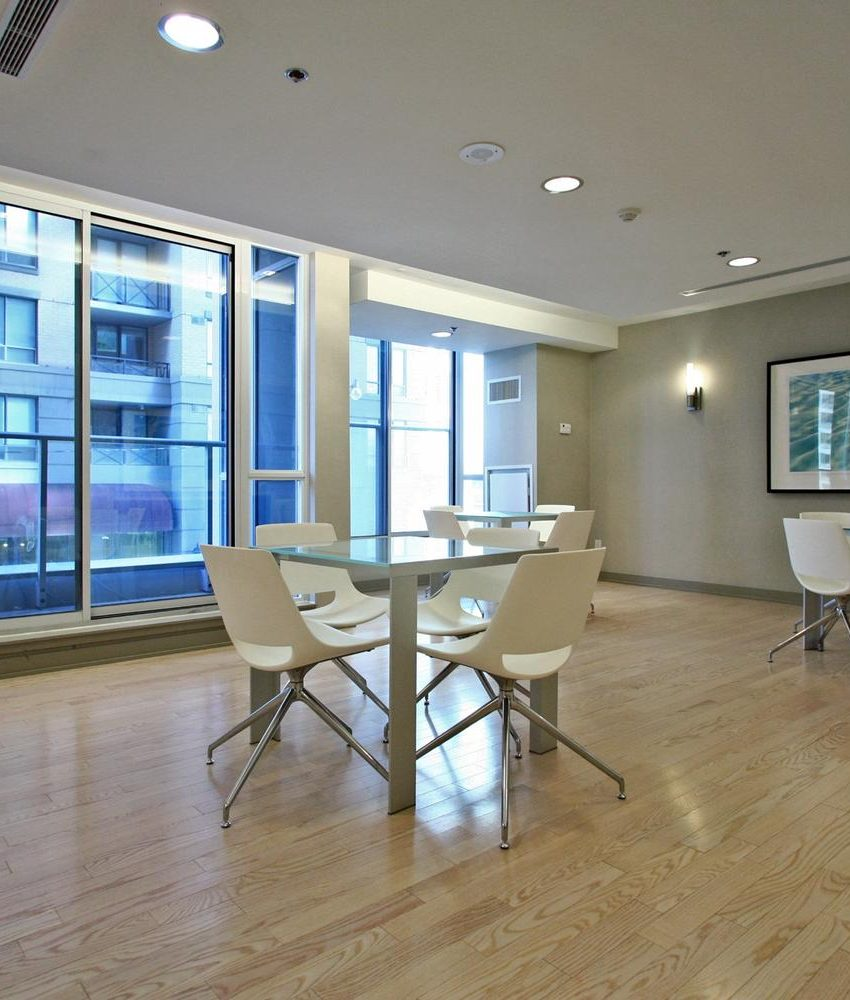 126-simcoe-st-toronto-boutique-ii-condos-for-sale-king-west-party-room-3