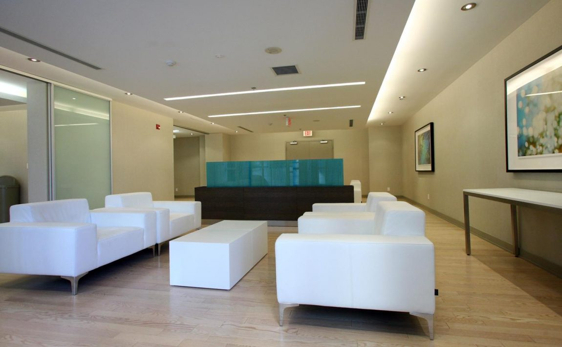 126-simcoe-st-toronto-boutique-ii-condos-for-sale-king-west-party-room-4