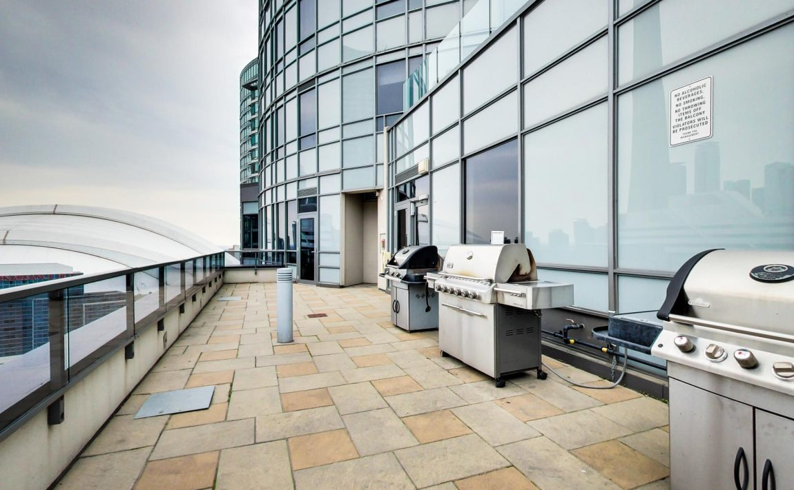 20-blue-jays-way-toronto-king-west-tridel-element-condos-rooftop-terrace