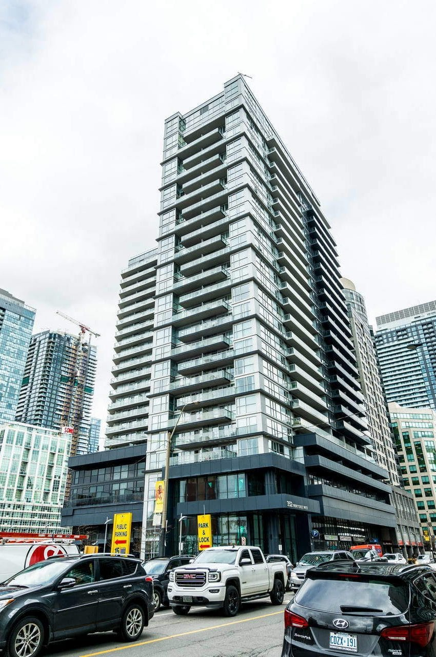 352-front-st-w-fly-condos-king-west-toronto