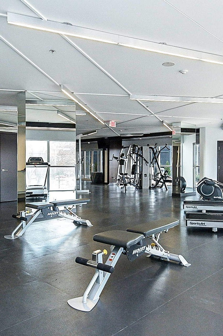 352-front-st-w-fly-condos-king-west-toronto-amenities-gym-cardio-health