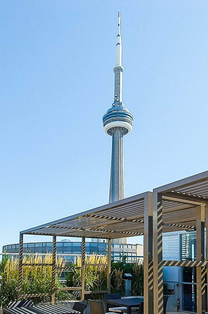 352-front-st-w-fly-condos-king-west-toronto-amenities-rooftop-terrace-downtown