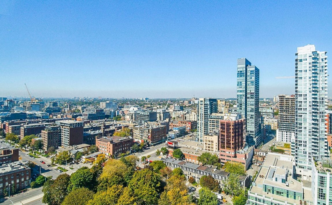 352-front-st-w-fly-condos-king-west-toronto-amenities-rooftop-terrace-parks