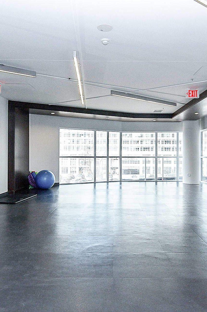 352-front-st-w-fly-condos-king-west-toronto-amenities-yoga-studio