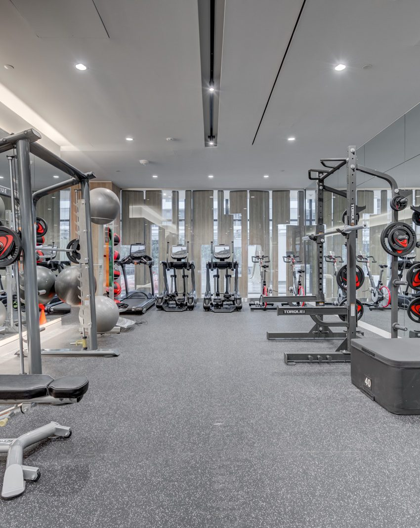 576-front-st-w-27-bathurst-st-minto-westside-king-west-gym-fitness