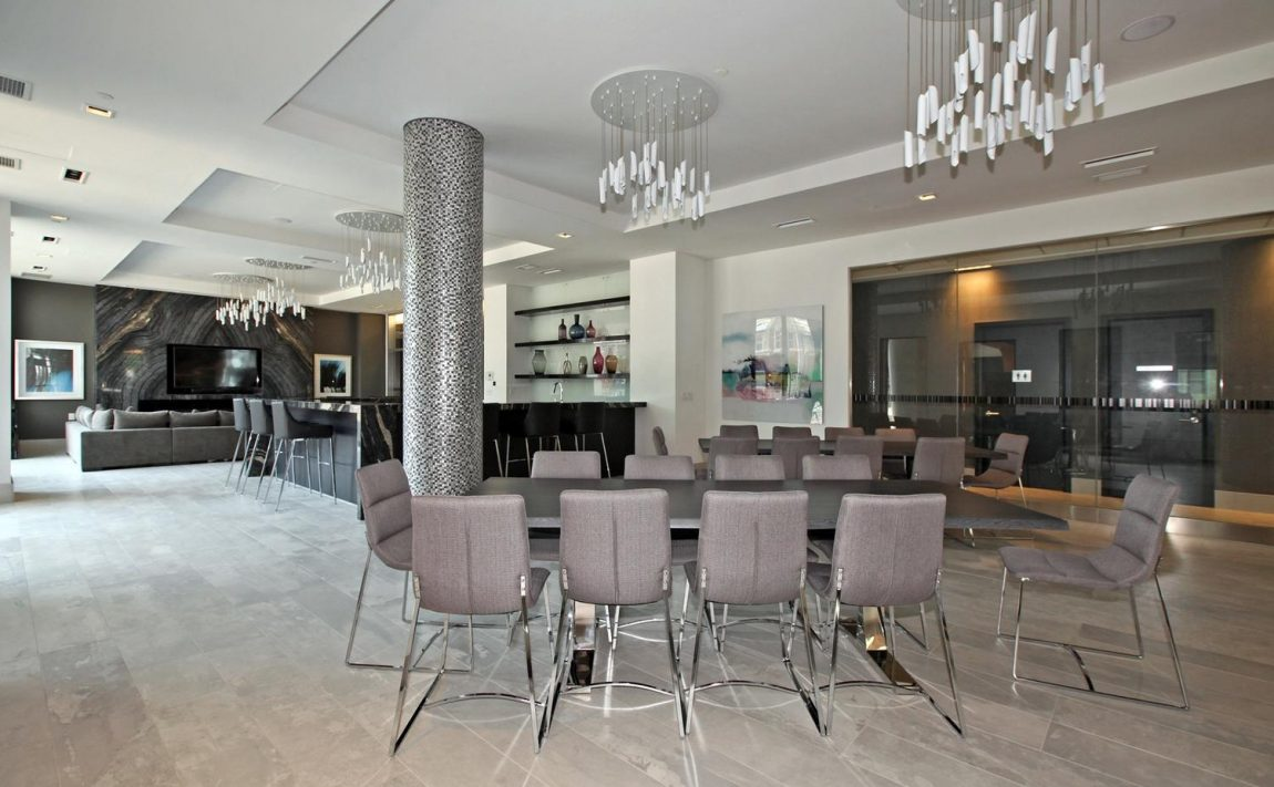 musee-condos-525-adelaide-st-w-toronto-king-west-amenities-party-room-bar
