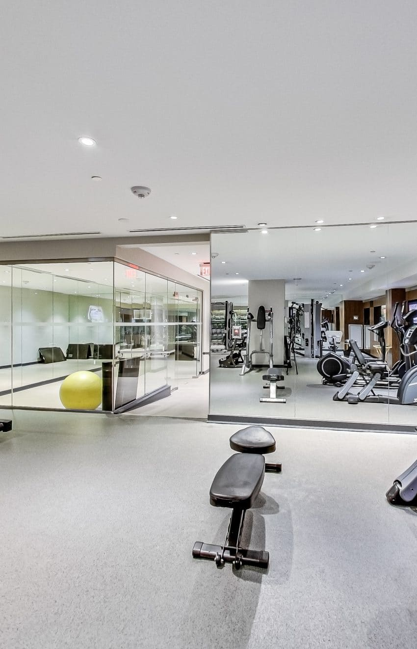 the-mercer-condos-8-mercer-st-toronto-king-west-amenities-gym-bikes