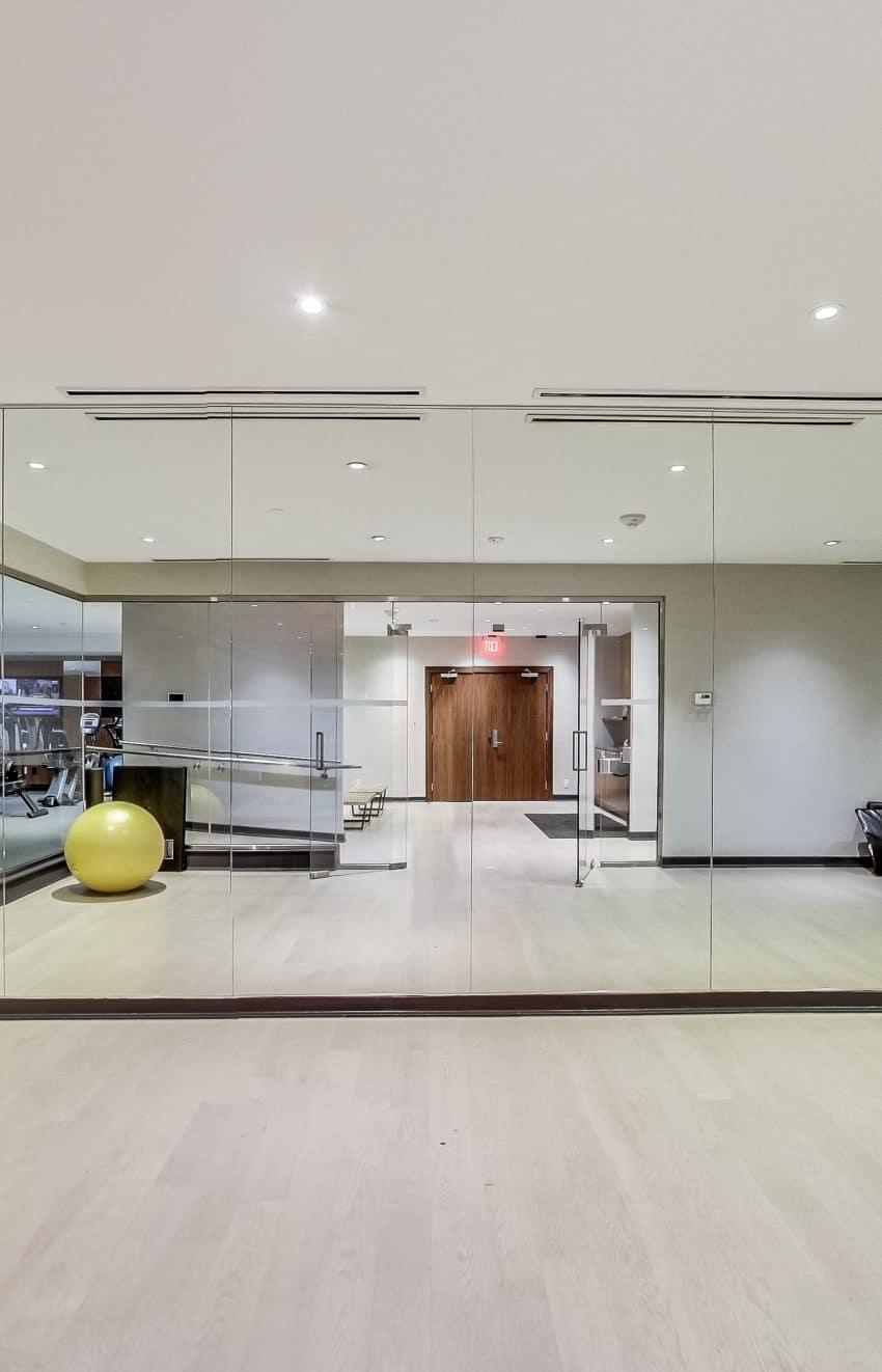 the-mercer-condos-8-mercer-st-toronto-king-west-amenities-yoga-studio