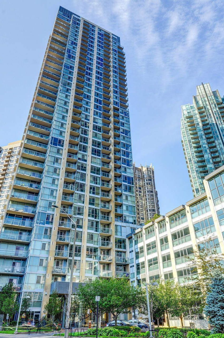 225-webb-dr-condos-for-sale-solstice-square-one