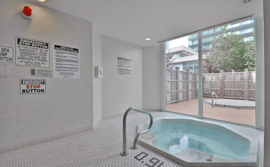 225-webb-dr-condos-for-sale-solstice-square-one-indoor-hot-tub
