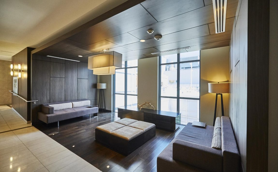 300-front-st-w-toronto-condos-for-sale-tridel-king-west-lobby
