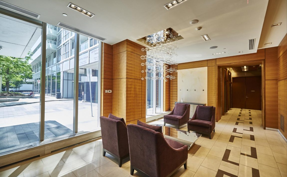 300-front-st-w-toronto-condos-for-sale-tridel-king-west-lobby-sitting-area