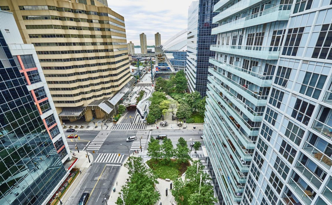 300-front-st-w-toronto-condos-for-sale-tridel-king-west-neighbourhood