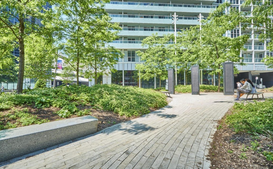 300-front-st-w-toronto-condos-for-sale-tridel-king-west-parks
