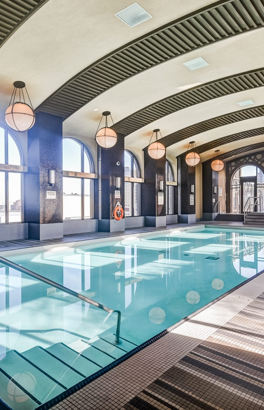 385-prince-of-wales-dr-chicago-condo-square-one-indoor-pool