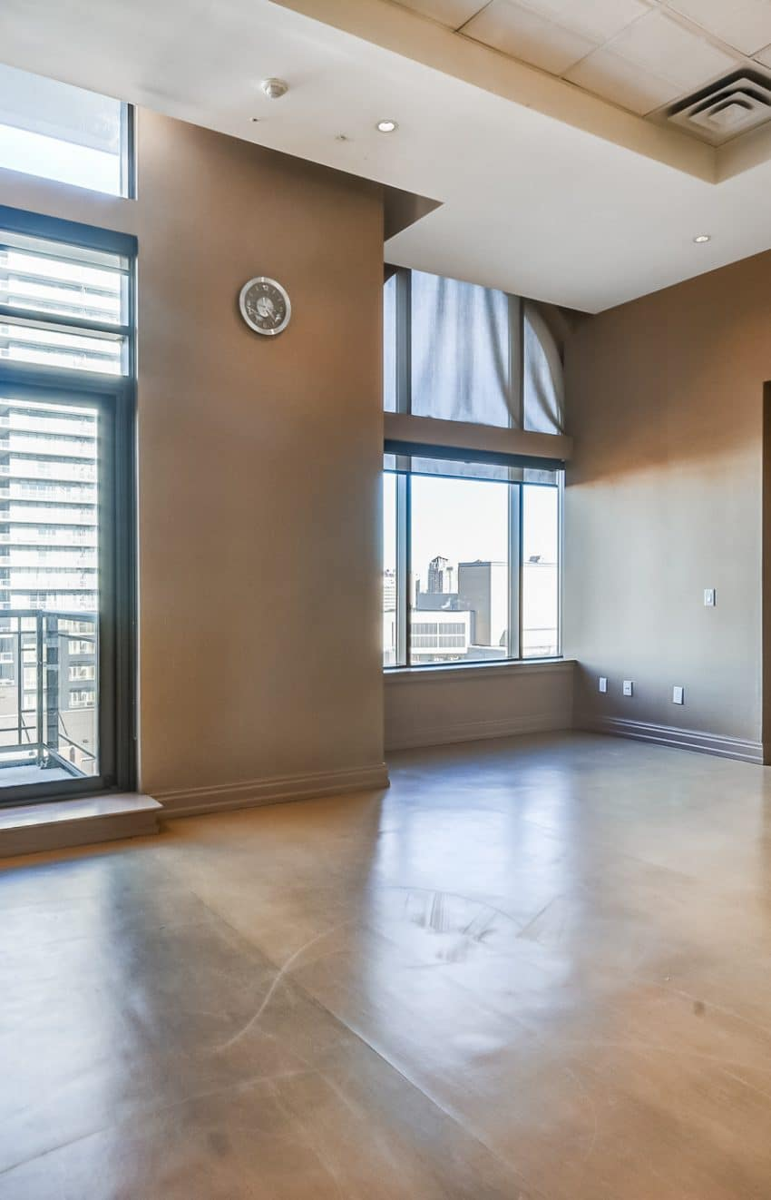 385-prince-of-wales-dr-chicago-condo-square-one-yoga-studio