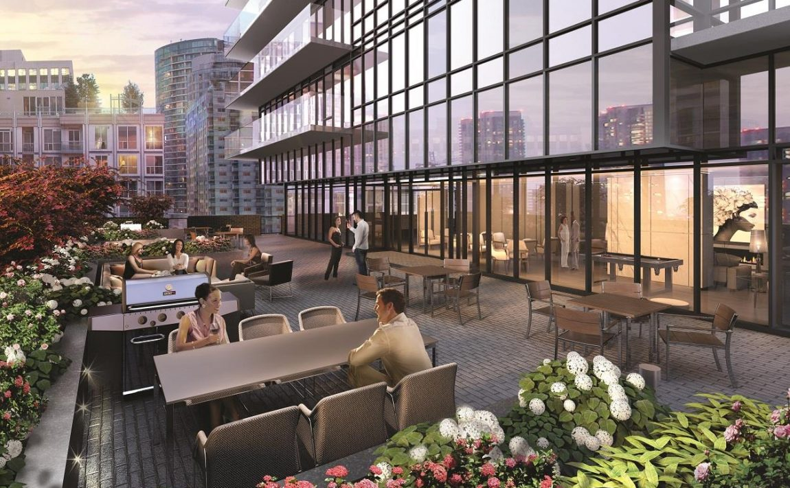 king-blue-condos-355-king-st-w-toronto-for-sale-outdoor-terrace-bbq