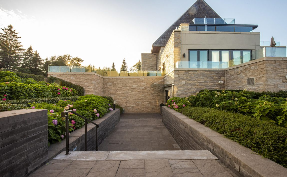 10-maple-grove-dr-oakville-edgemere-estates-for-sale