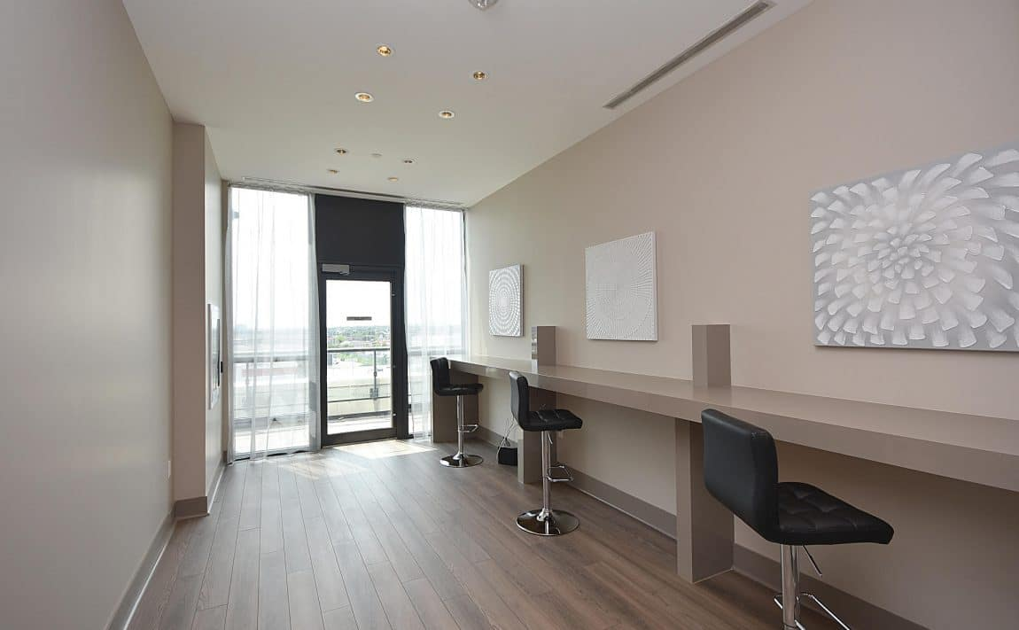 3975-grand-park-dr-mississauga-condos-for-sale-co-working-space