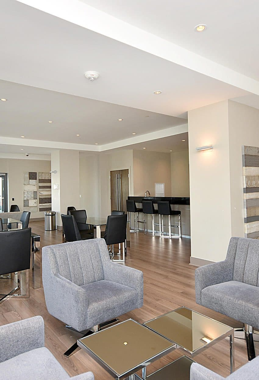 3975-grand-park-dr-mississauga-condos-for-sale-party-room-lounge