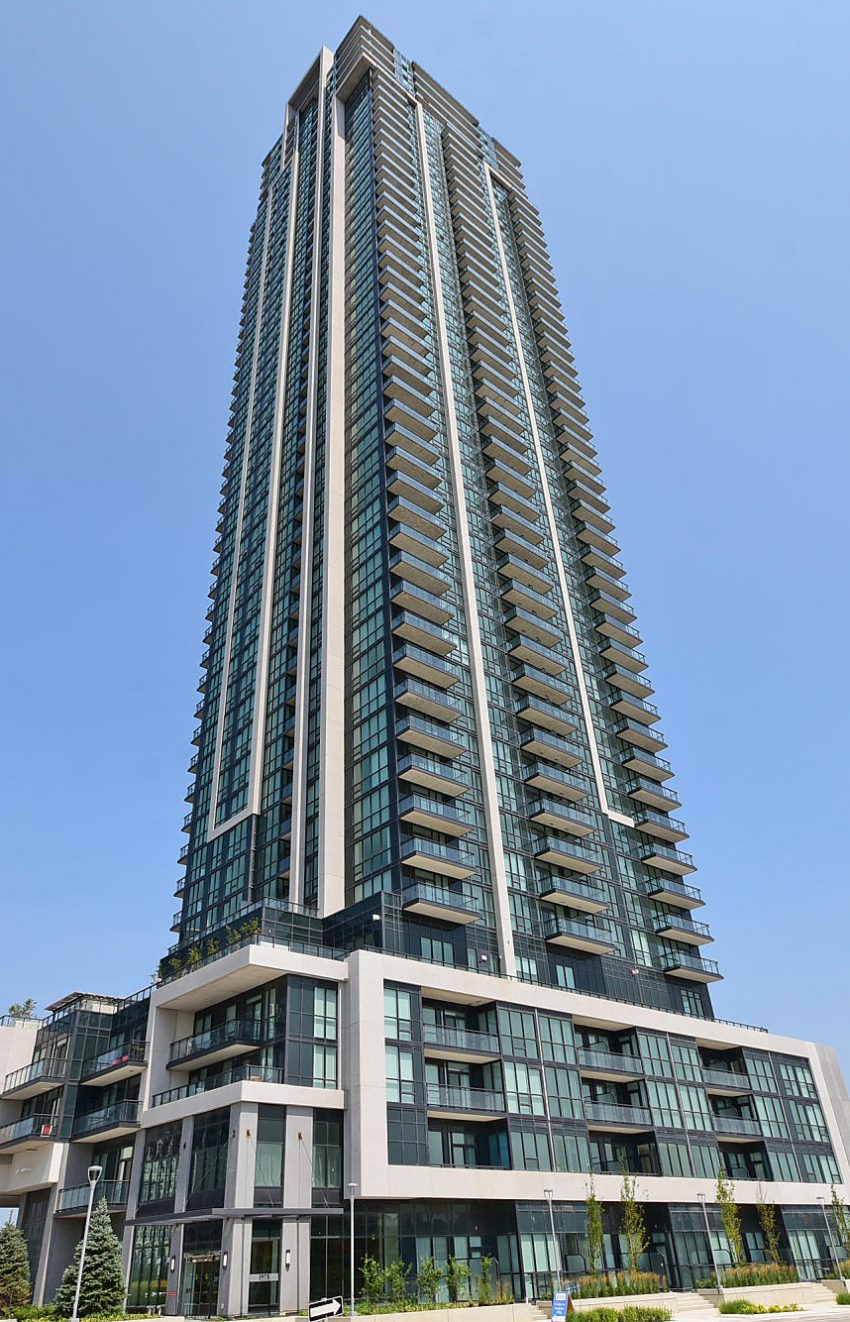 3975-grand-park-dr-mississauga-condos-for-sale-square-one