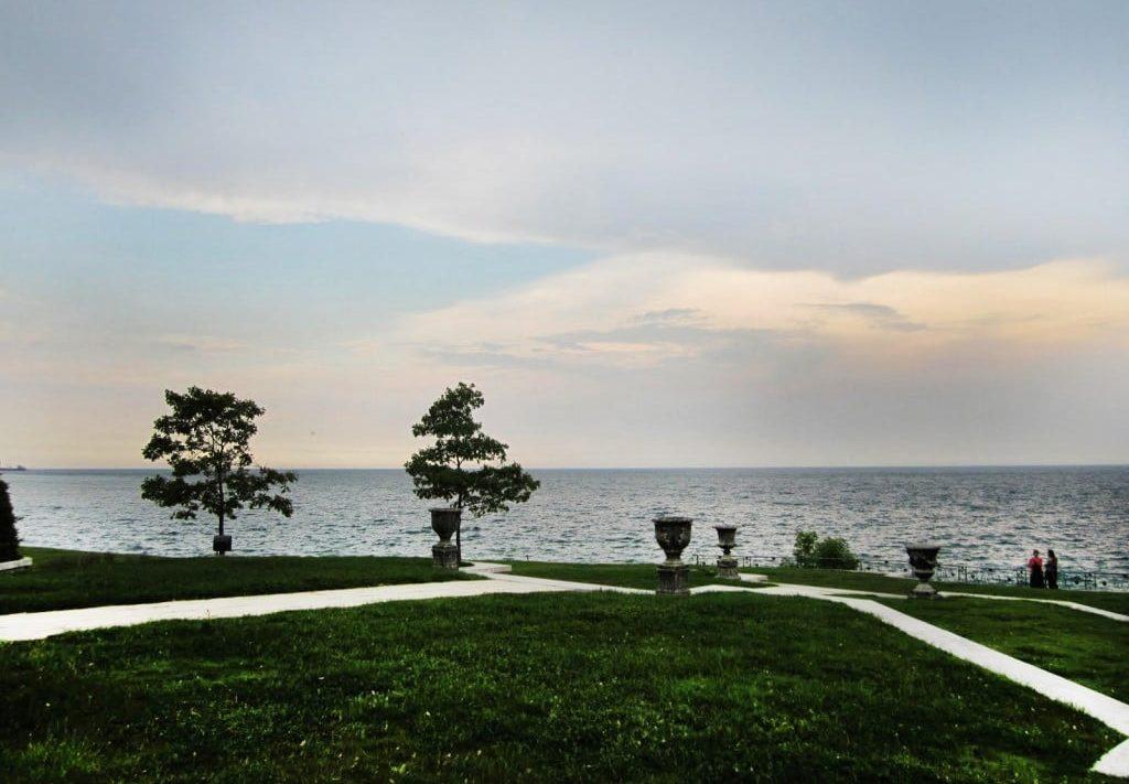 edgemere-estates-luxury-real-estate-oakville-shoreline-1024x768-1