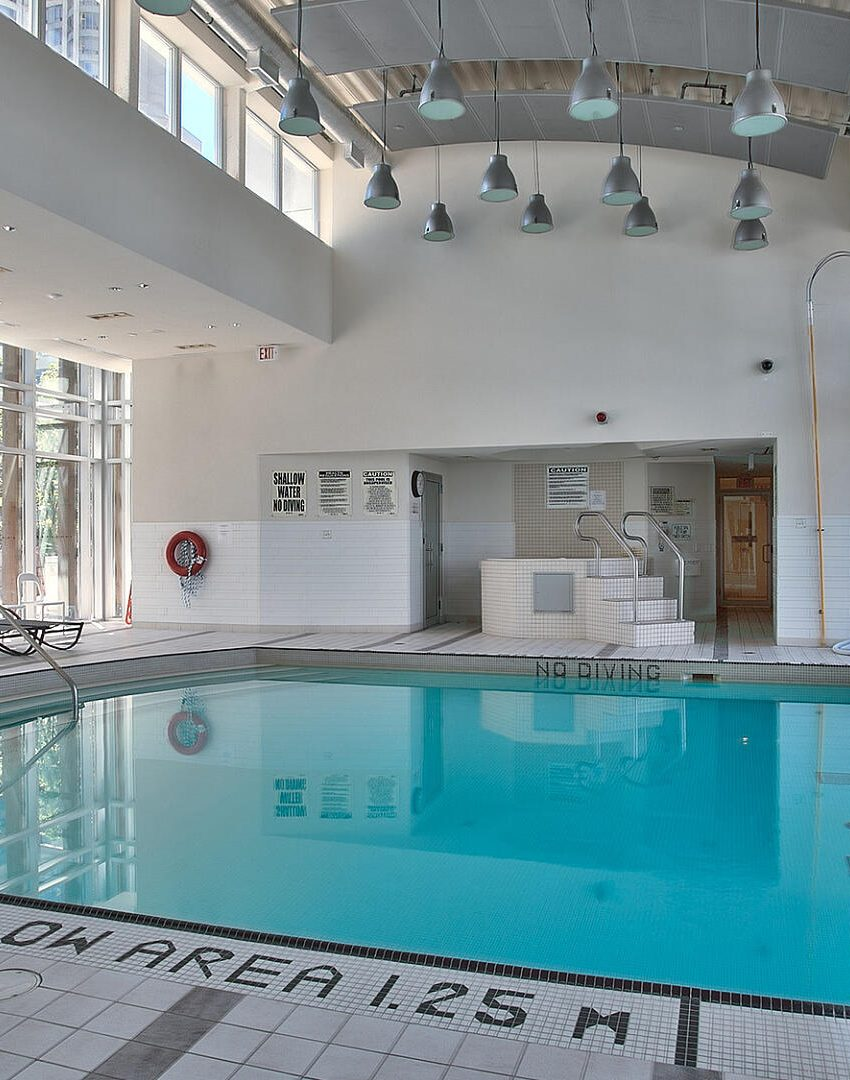 220-burnhamthorpe-rd-w-mississauga-citygate-condos-indoor-pool