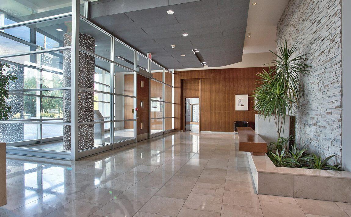 220-burnhamthorpe-rd-w-mississauga-citygate-condos-lobby