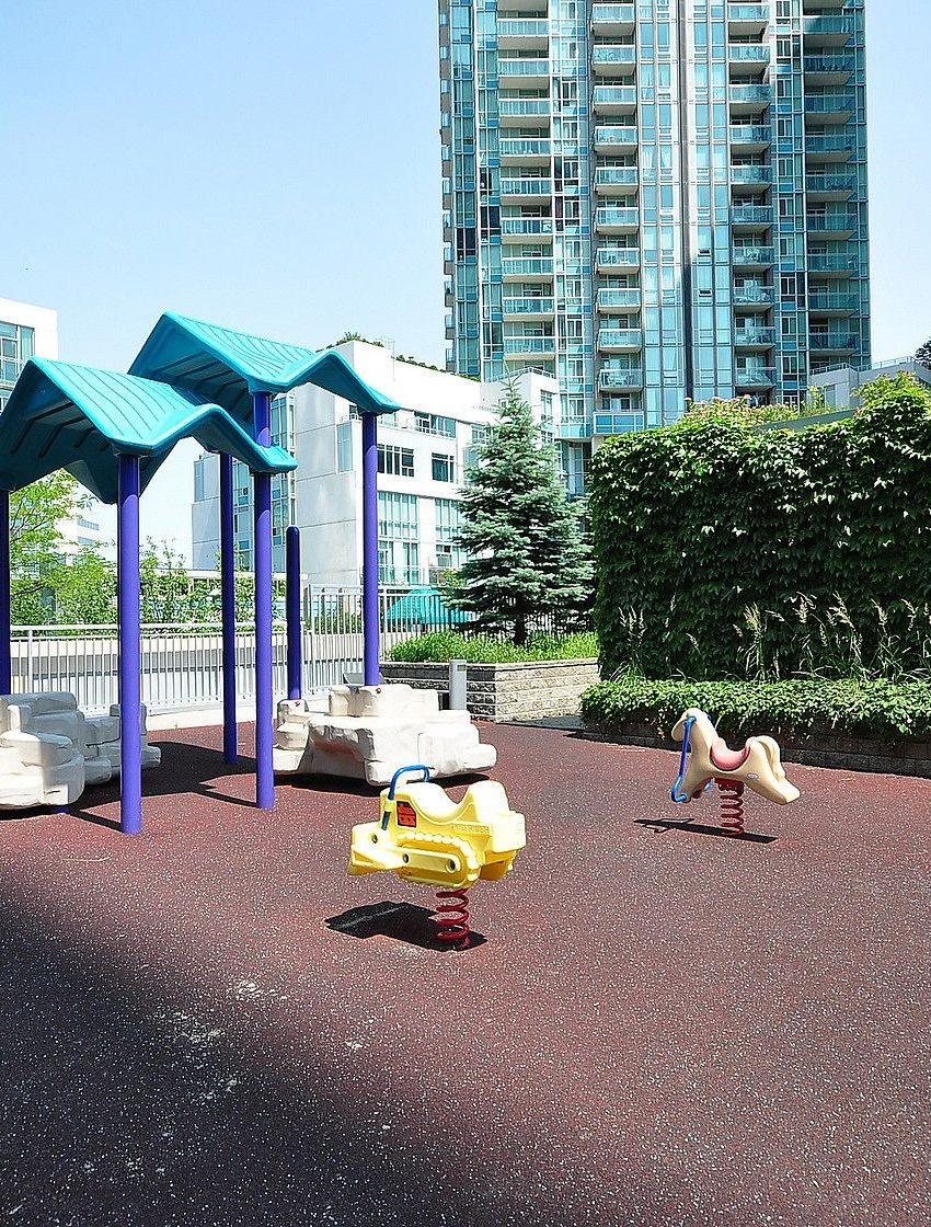 3939-duke-of-york-blvd-city-gate-condos-lofts-children-playground