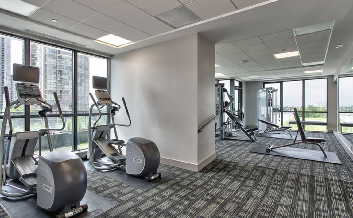55-eglinton-ave-w-75-eglinton-ave-w-crystal-condos-mississauga-indoor-gym
