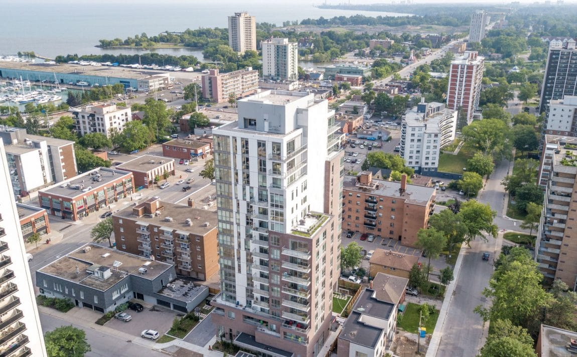 8-ann-st-nola-condos-port-credit-mississauga-for-sale