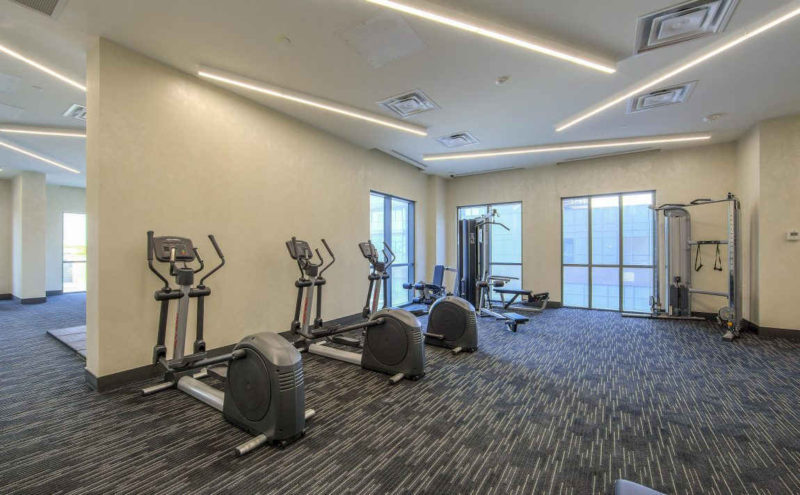 amber-condos-5025-four-springs-ave-5033-four-springs-ave-square-one-gym