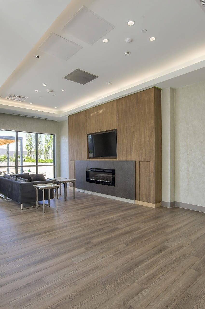 amber-condos-5025-four-springs-ave-5033-four-springs-ave-square-one-party-room-amenities