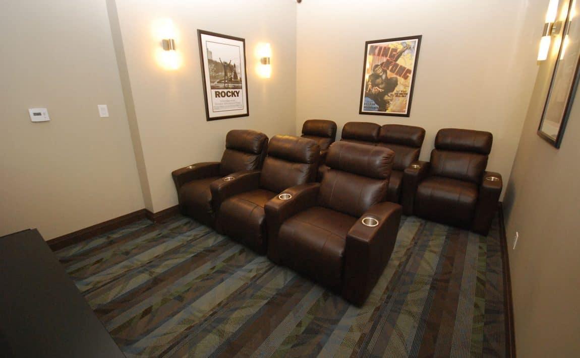 elle-condos-3525-kariya-dr-mississauga-media-room-theatre