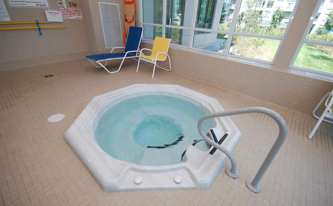 3515-kariya-dr-condos-mississauga-eve-indoor-hot-tub
