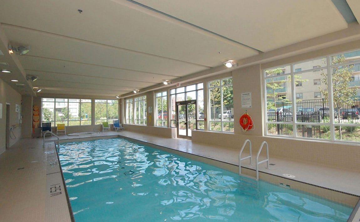 3515-kariya-dr-condos-mississauga-eve-indoor-pool-2