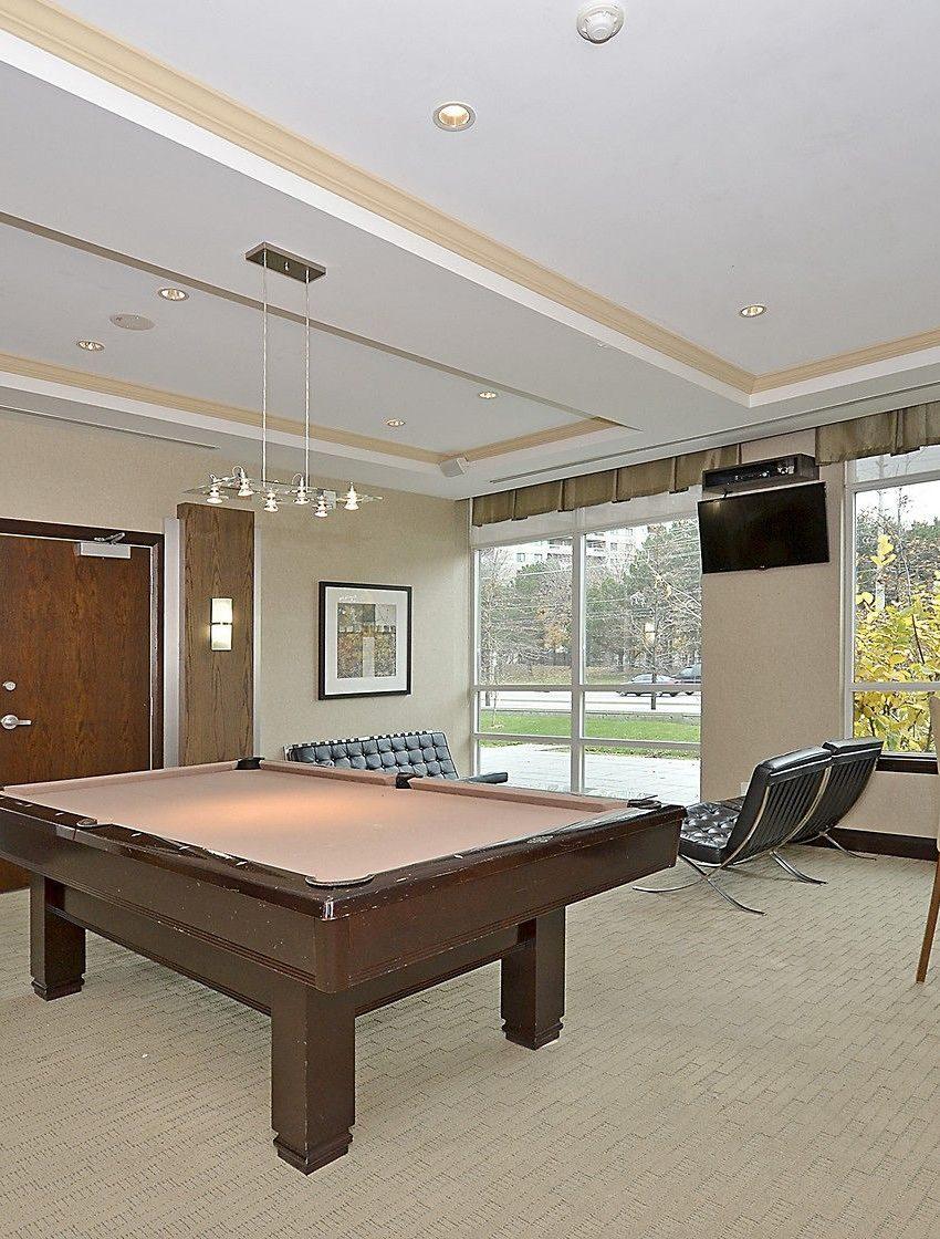 eden-park-3504-hurontario-st-mississauga-billiards-2