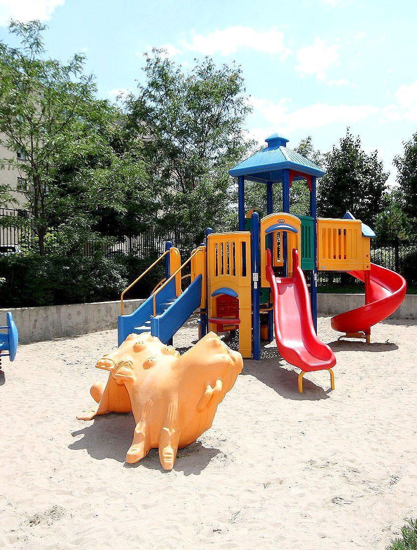 eden-park-3504-hurontario-st-mississauga-children-playground