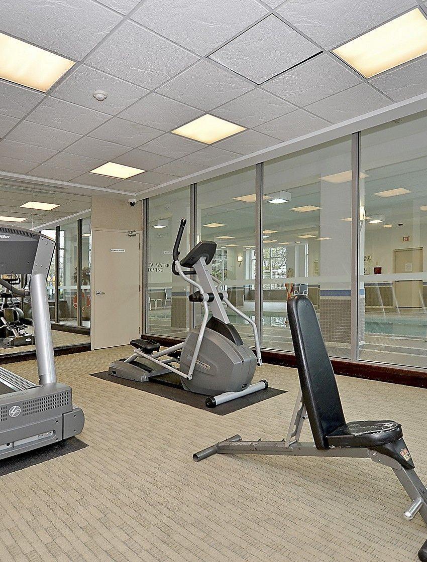 eden-park-3504-hurontario-st-mississauga-gym