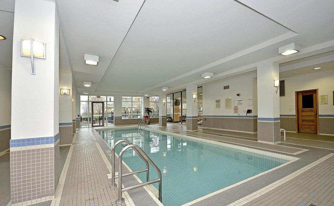 eden-park-3504-hurontario-st-mississauga-indoor-pool-2
