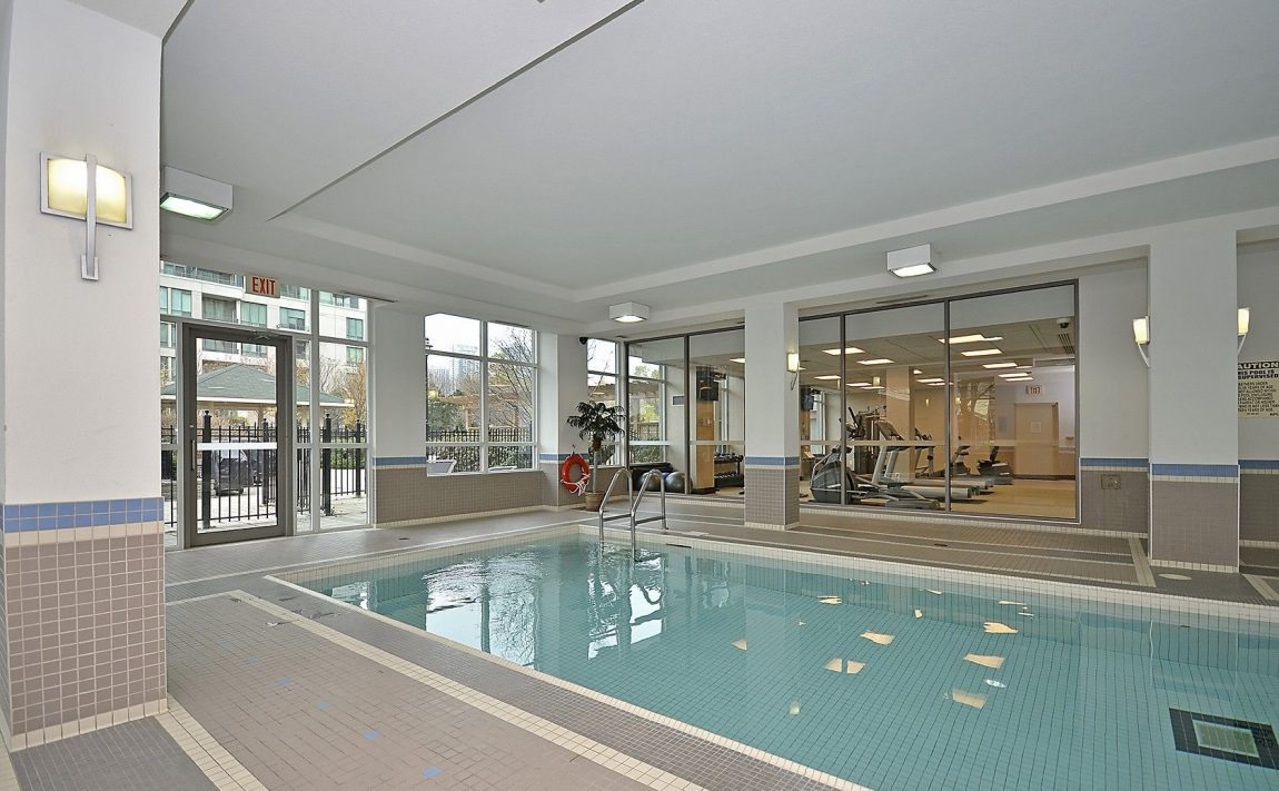 eden-park-3504-hurontario-st-mississauga-indoor-pool-3