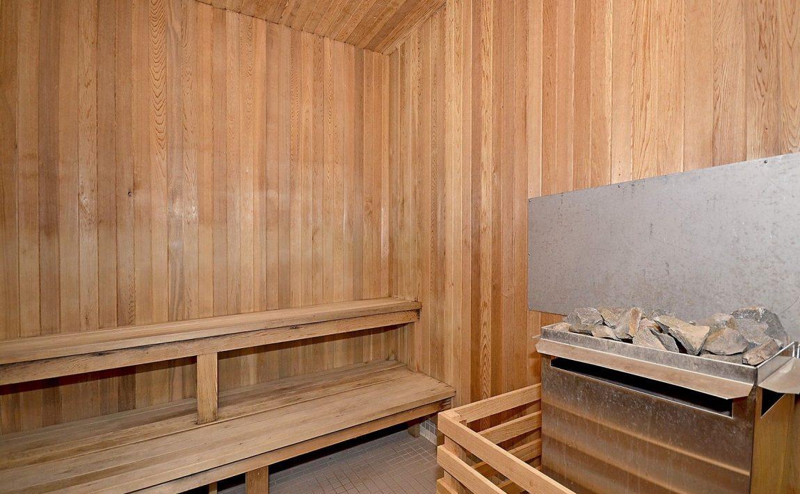 eden-park-3504-hurontario-st-mississauga-sauna