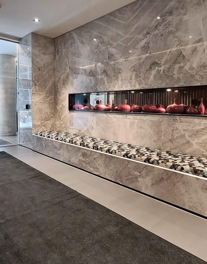smart-house-condos-215-queen-st-w-toronto-lobby
