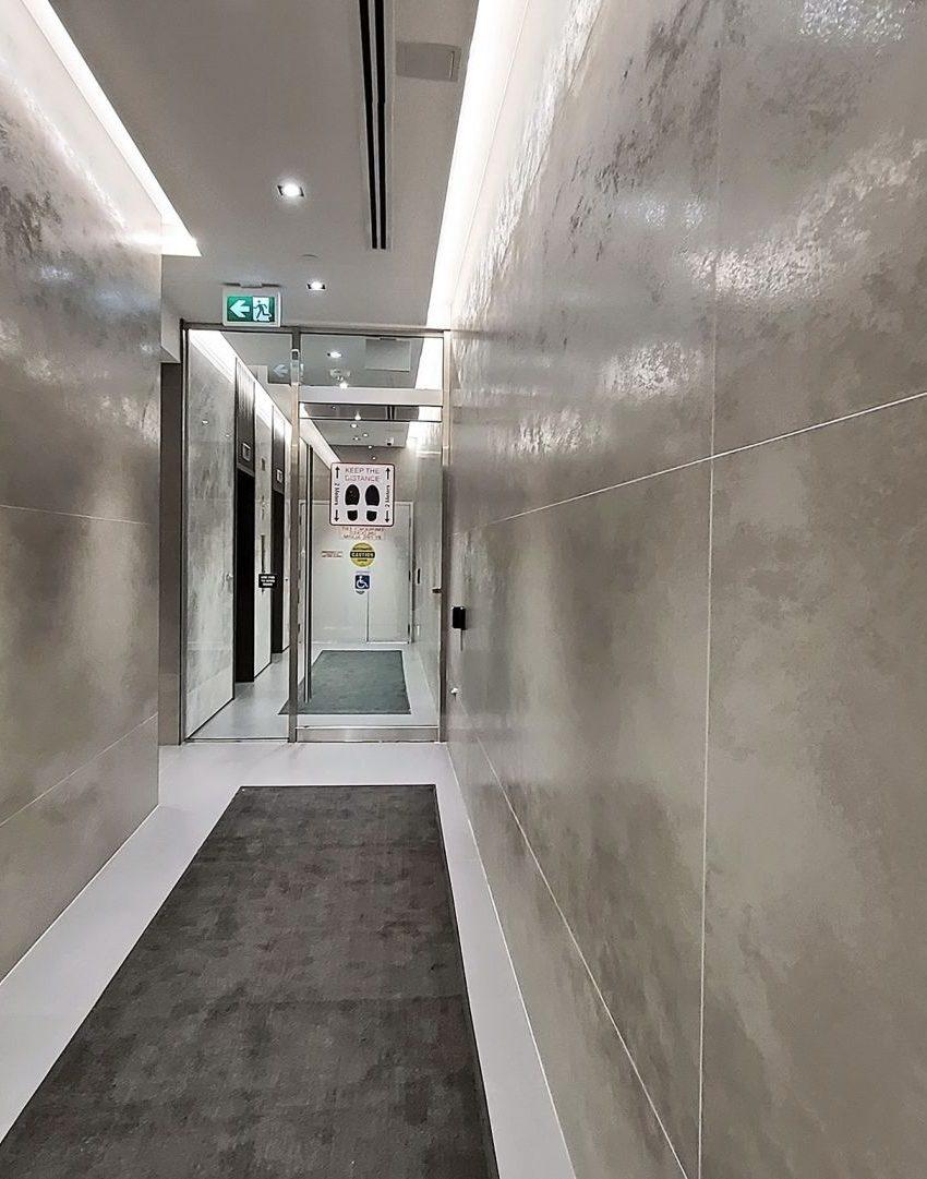 smart-house-condos-215-queen-st-w-toronto-lobby-elevator