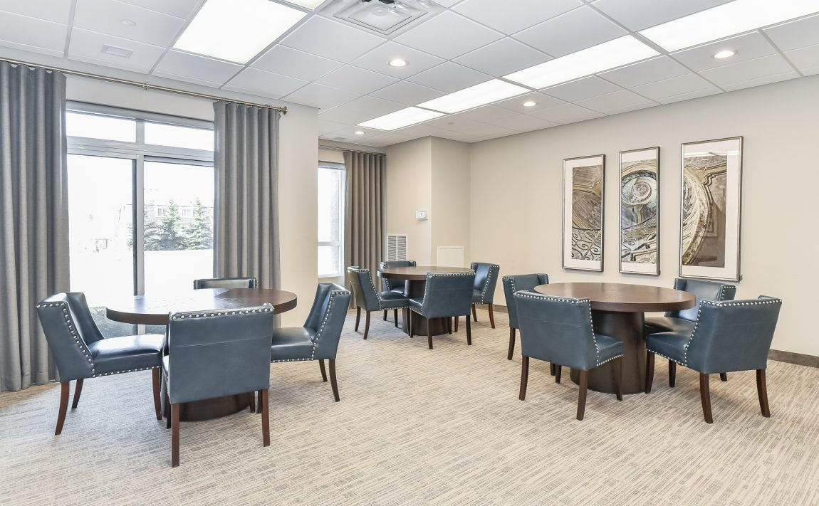 2486-old-bronte-rd-2490-old-bronte-rd-oakville-mint-condos-party-room