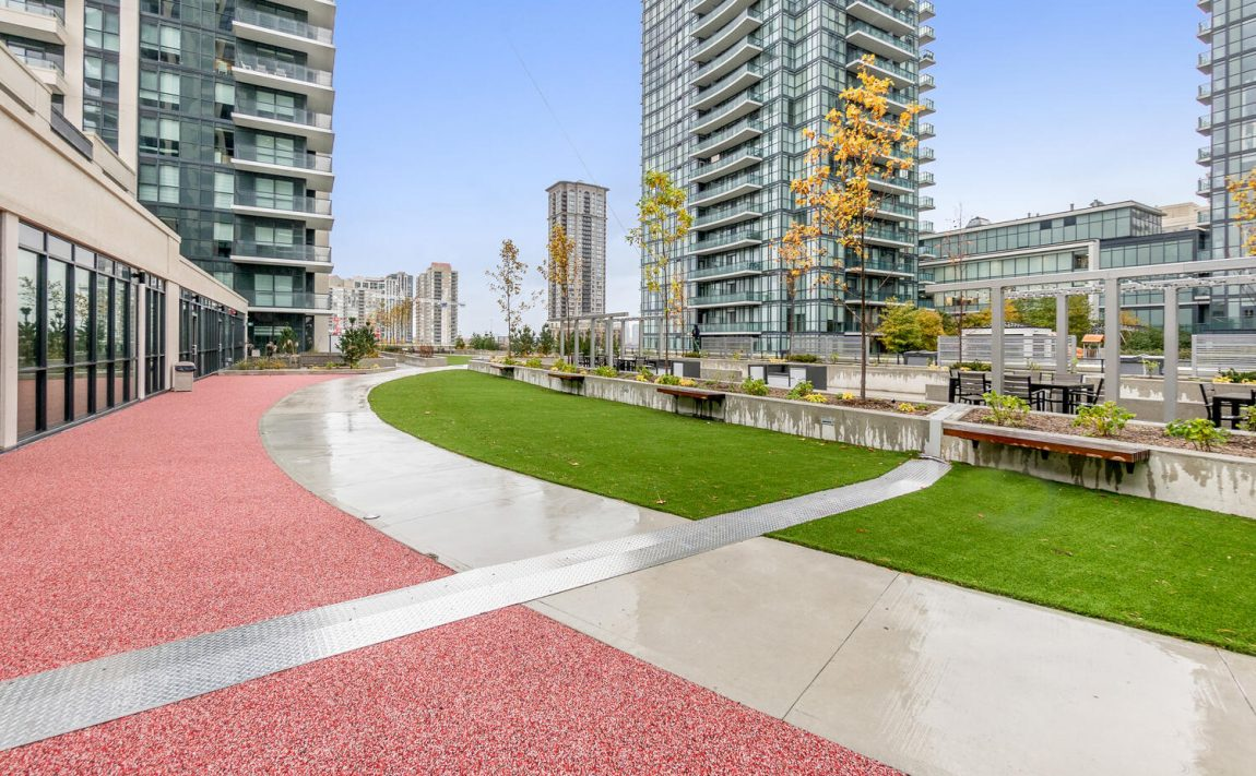 block-nine-condos-4055-parkside-village-dr-4085-parkside-village-dr-outdoor-terrace