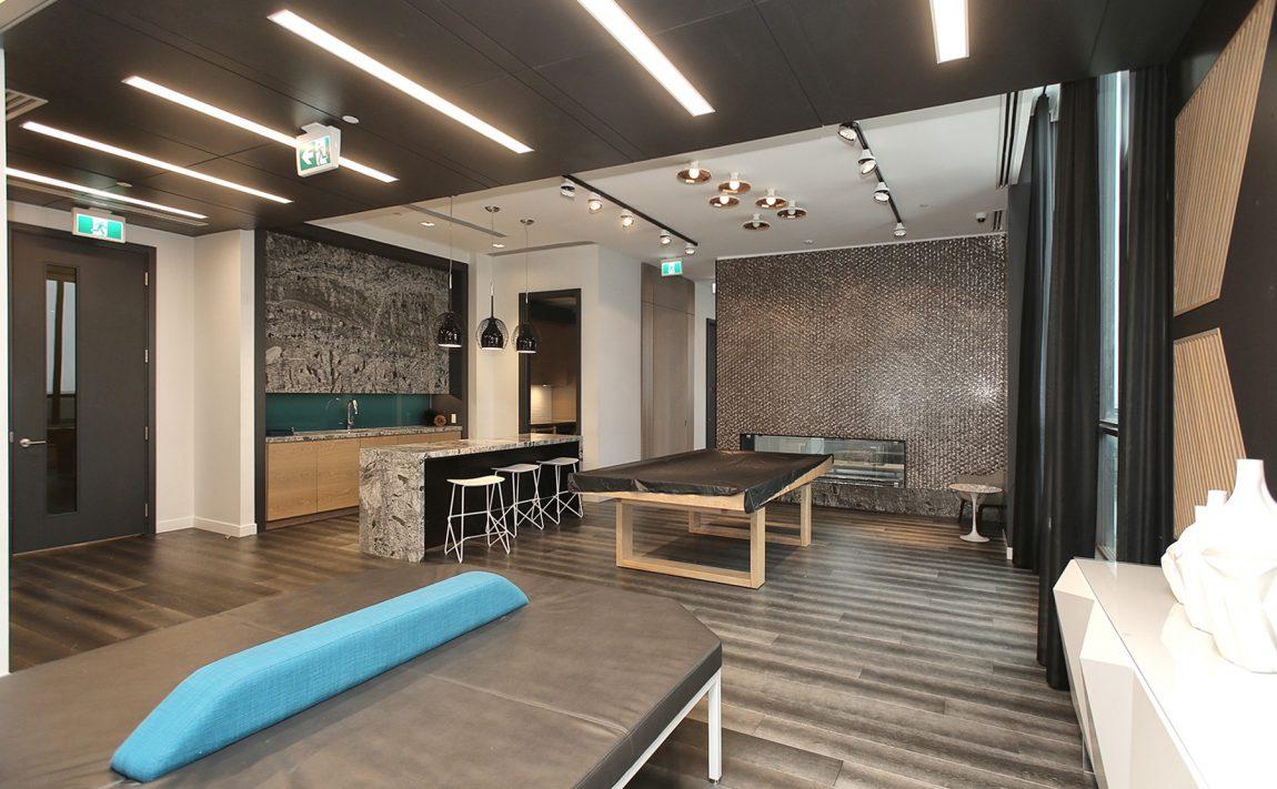 the-kip-district-one-20-thomas-riley-rd-condos-etobicoke-lounge-party-room