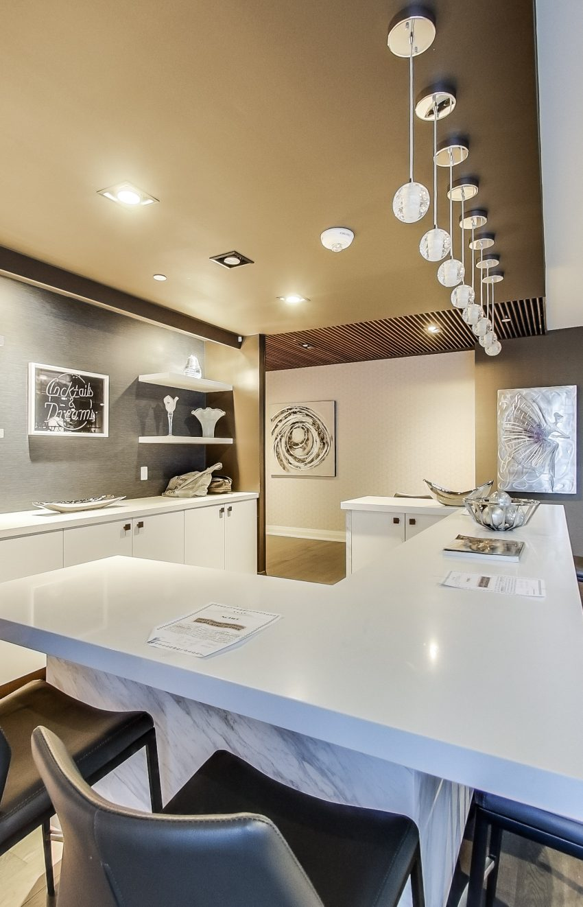 cove-at-waterways-39-annie-craig-dr-humber-bay-shores-amenities-party-room